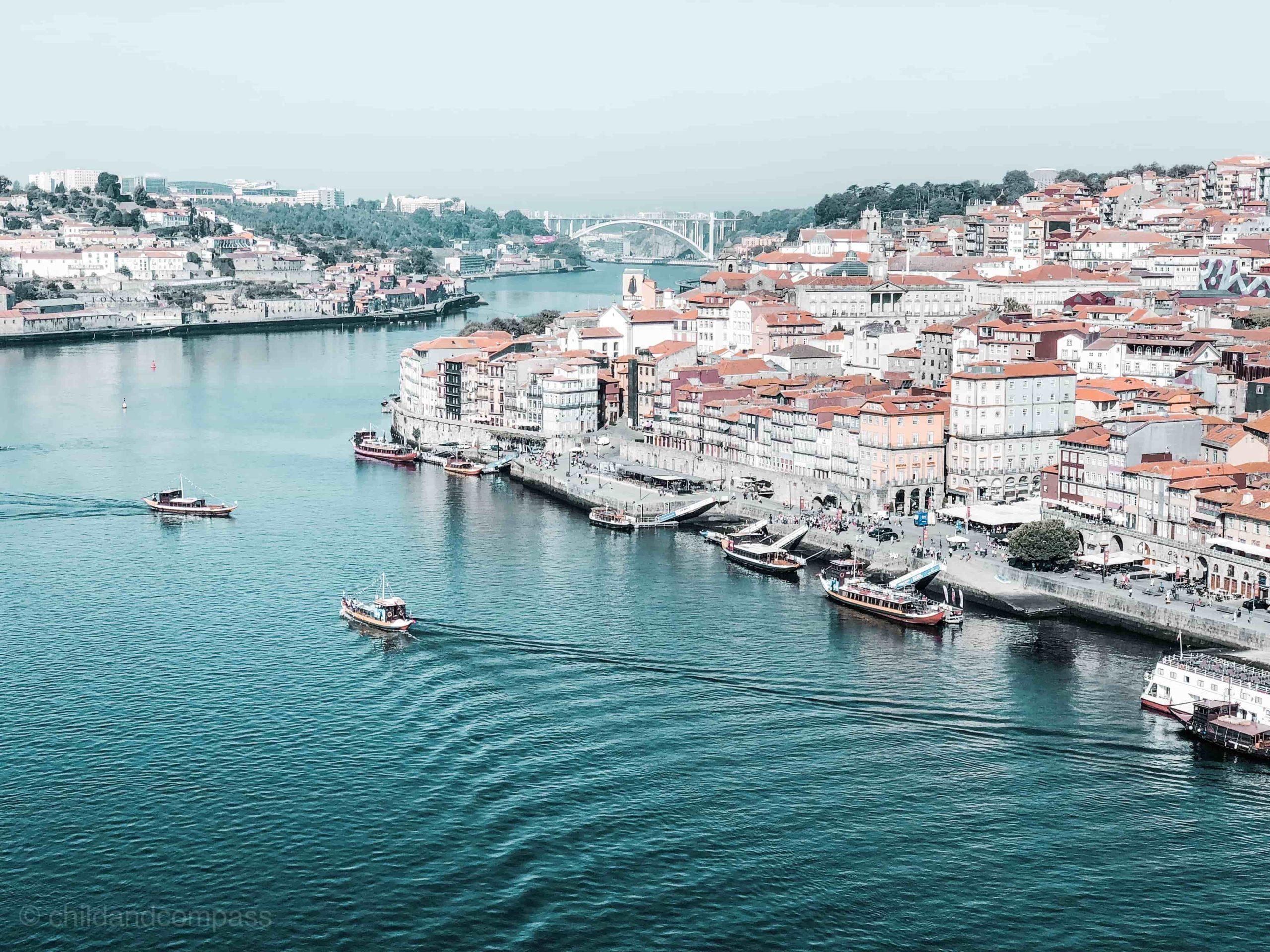 Städtereisen an Ostern, Tipps für Osterurlaub, Städtetrip an Ostern, Porto Sehenswürdigkeiten, Douro Fluss, Ribeira