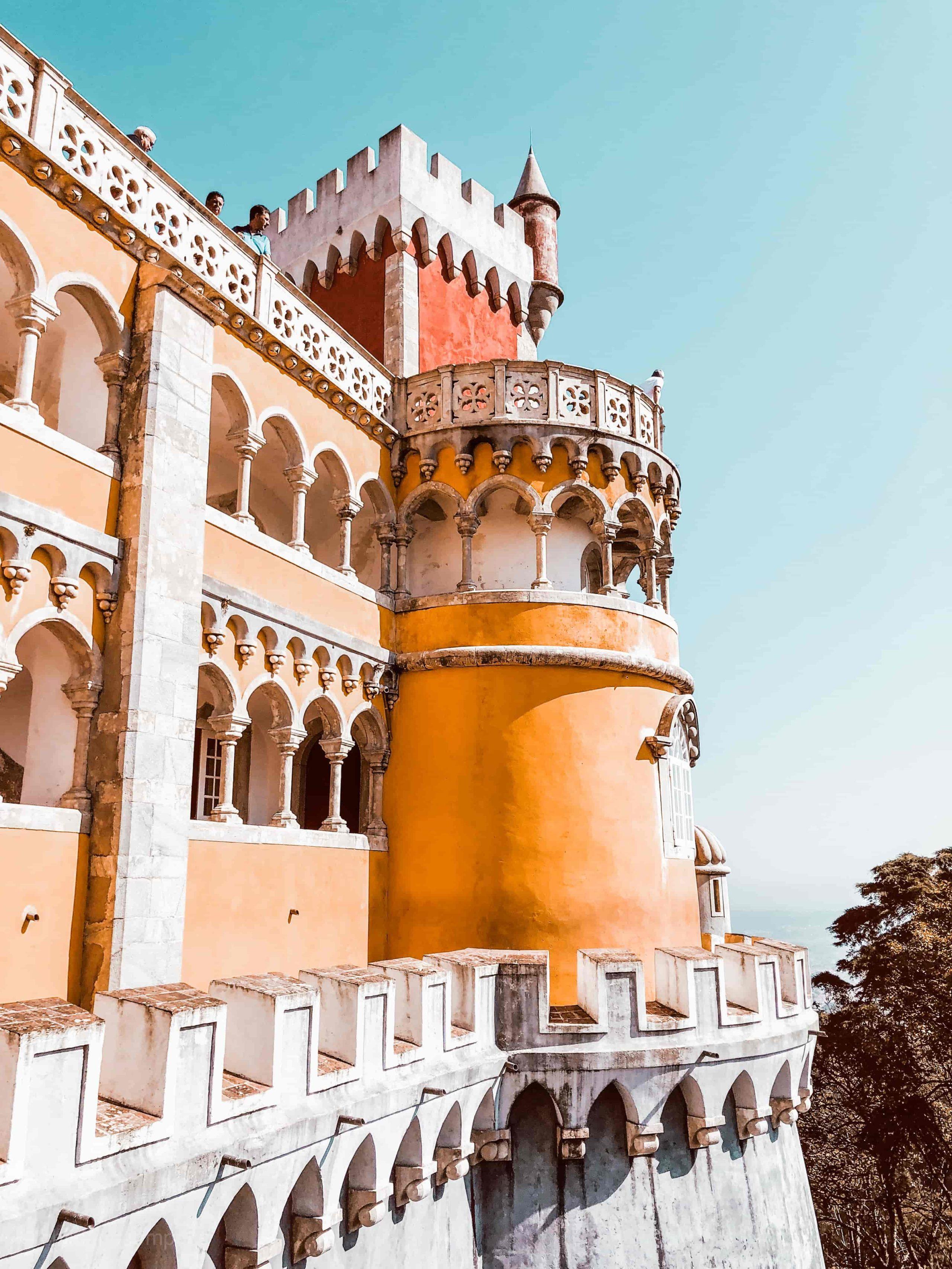 Städtereisen an Ostern, Tipps für Osterurlaub, Städtetrip an Ostern, Penha Palast, Sehenswürdigkeiten Sintra