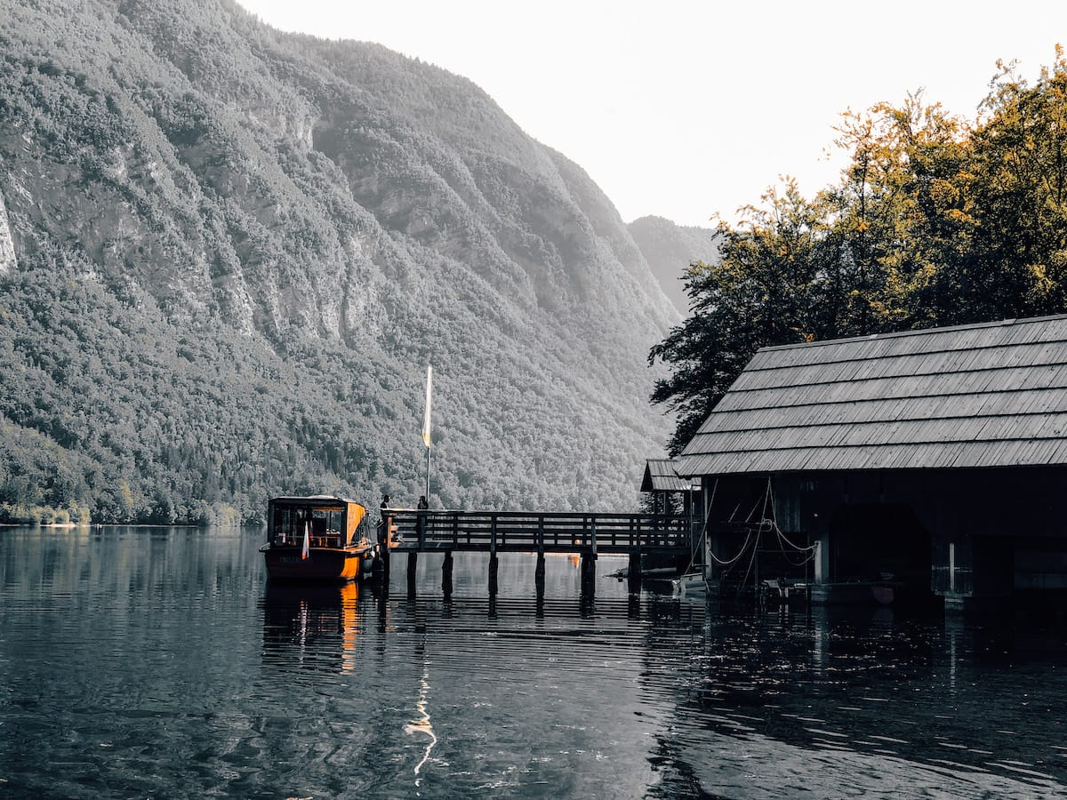 Bootshaus am Lake Bohinj