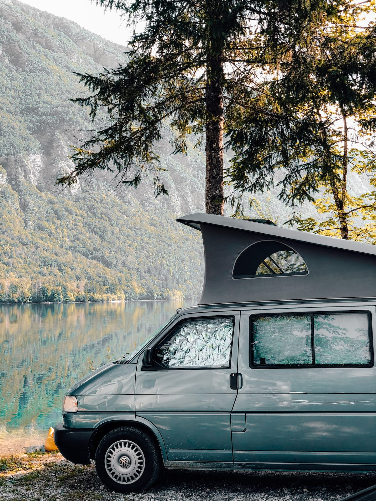 Camper am Lake Bohinj in Slowenien
